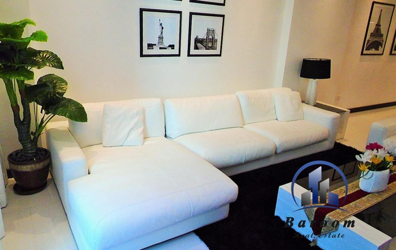 Two Bedroom Luxury Apartment1