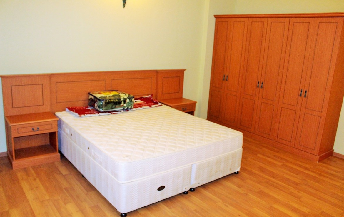 Two Bedroom Spacious Apartment5