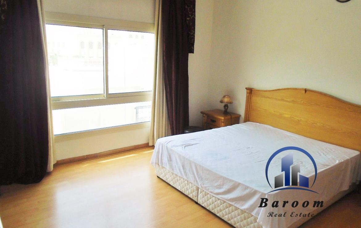Two Bedroom Bright Apartment5