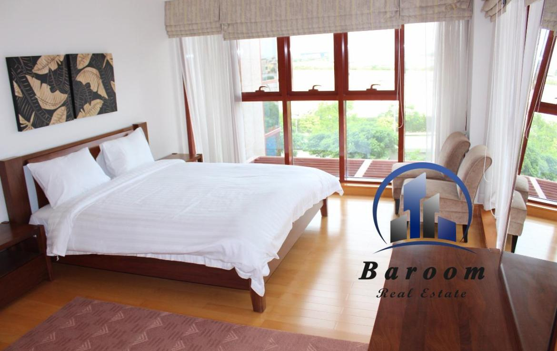 Three Bedroom Sublime Apartment5