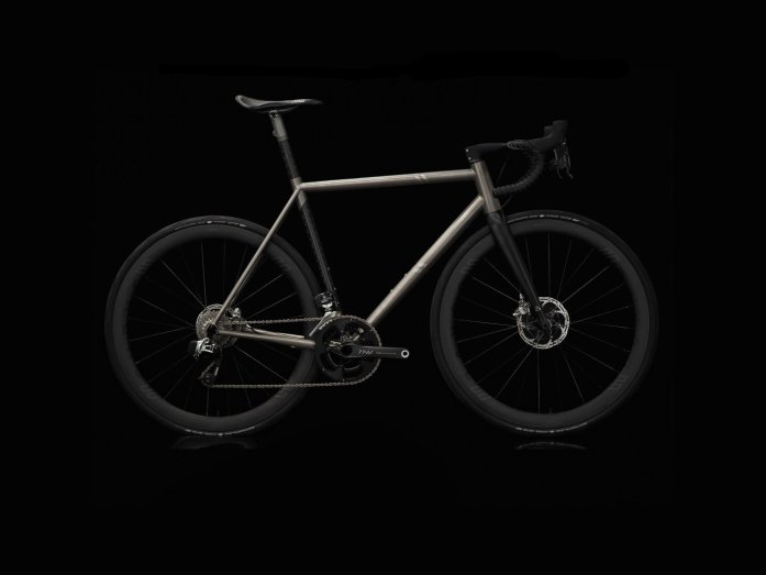 Curve-cycling-Belgie-Air-titanium-ti-carbone-road-bike-velo-baroudeur-cycles-lyon-2