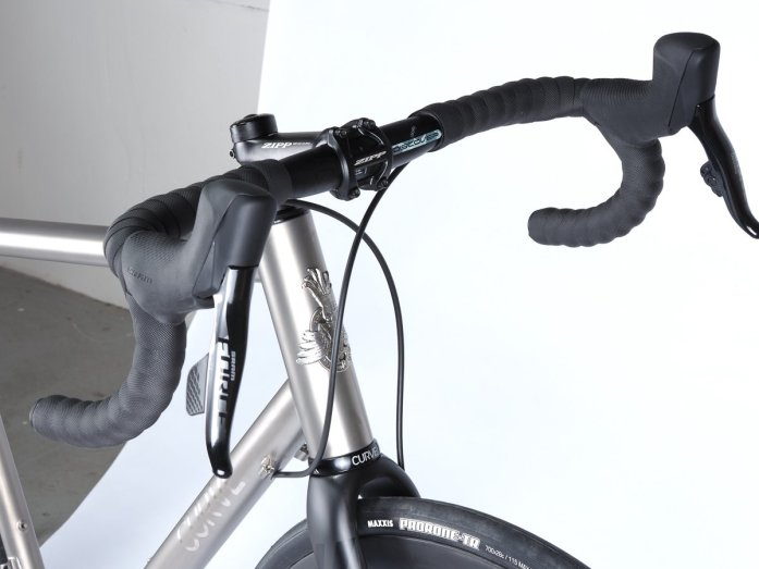 Curve-cycling-Belgie-spirit-titanium-ti-road-bike-velo-baroudeur-cycles-lyon