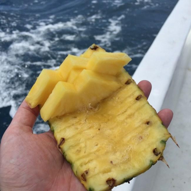 pineapple plate
