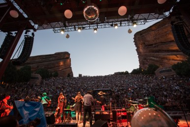 Shook Twins at Red Rocks, by Little Green Eyes Media