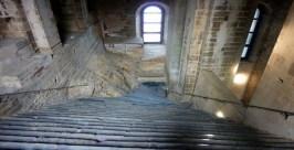 SacraSMichele--Escaleras02