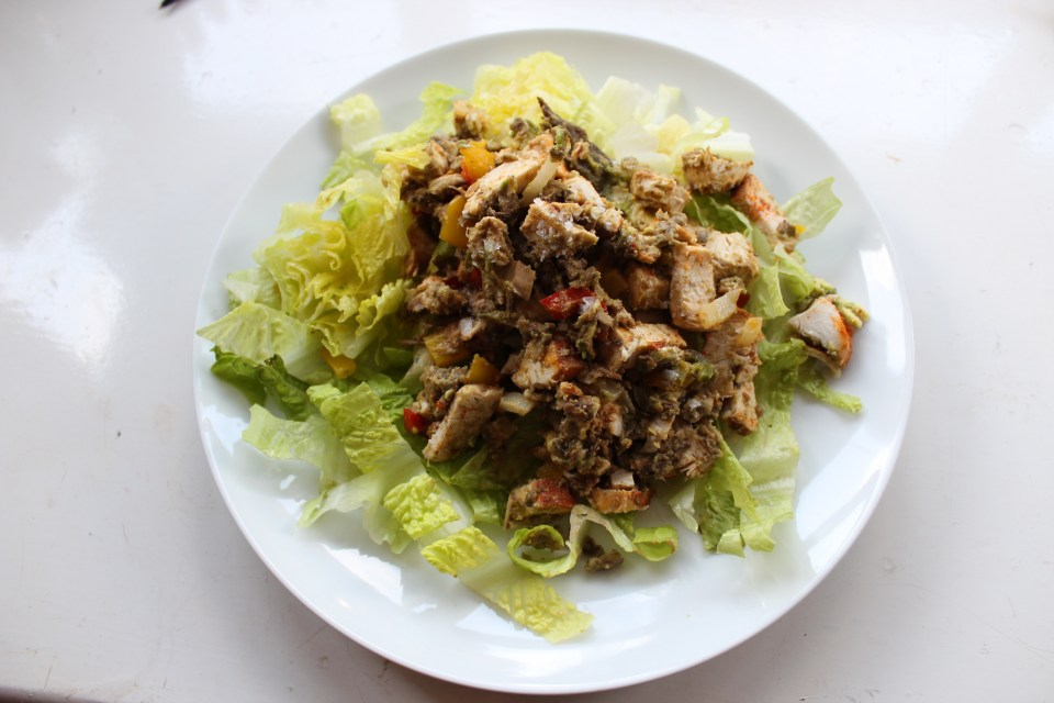 Seasons of Stress - Whole30 Fajita Chicken Protein Salad 1
