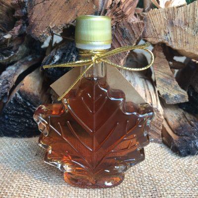 bourbon-barrel-aged-maple-syrup-barrel-aged-creations-grade-a-maple-syrup-dark-amber-bourbon-maple-syrup-bourbon-syrup-bourbon-inspired-gourmet-food-front-leaf-wedding-favor-gift-flight-bottle