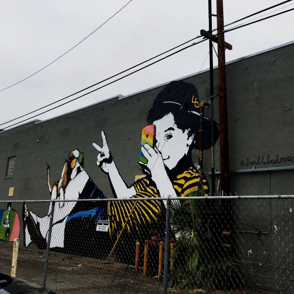 bumblebee love you street art