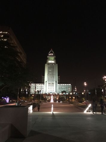 dtla los angeles city hall as seen from grand park stairs