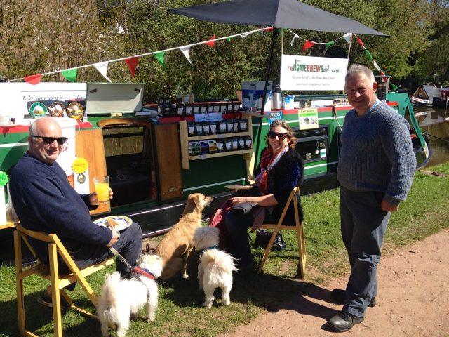 Paul, Elaine and Barry at Market Drayton RCTA Floating Market spring 2015