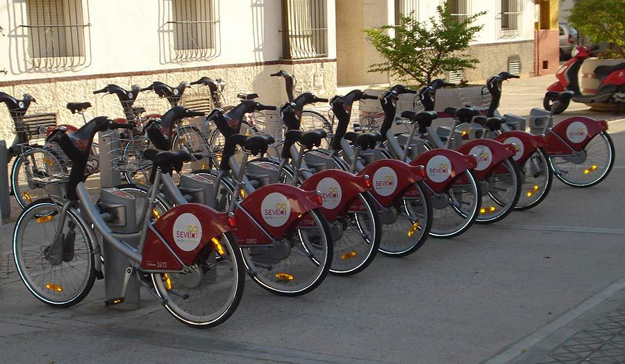 en bicicleta por sevilla