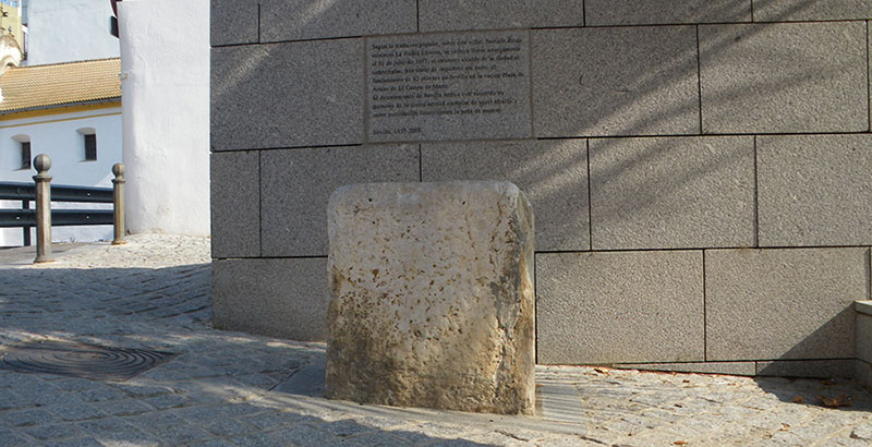 curiosities in seville tearful stone