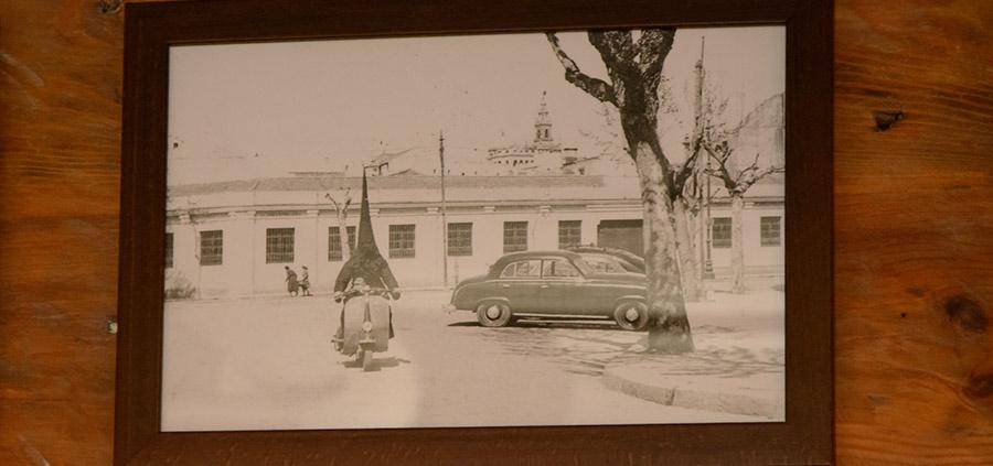 antigüedades bar nazareno moto