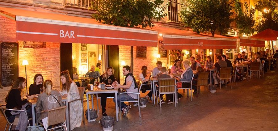 bar antigüedades terraza