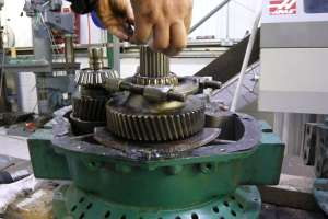 Twin Disc MG-5075 Gearbox