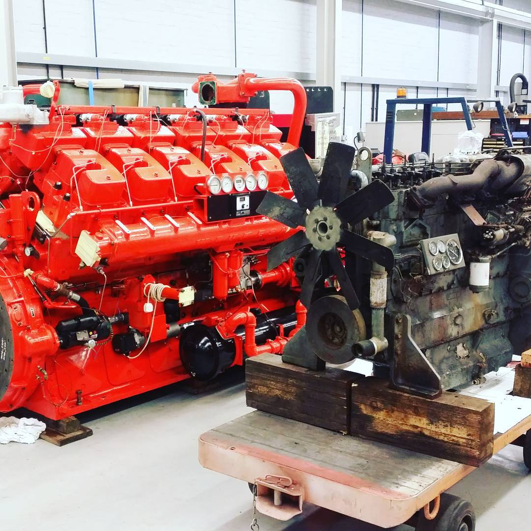 Little and Large! #Waukesha L5792DSU fire pump engine overhaulled and tested and #dorman 6LDT standby generator to be overhaulled for short engine #dieselpower #engineering #engine #engineeringlife