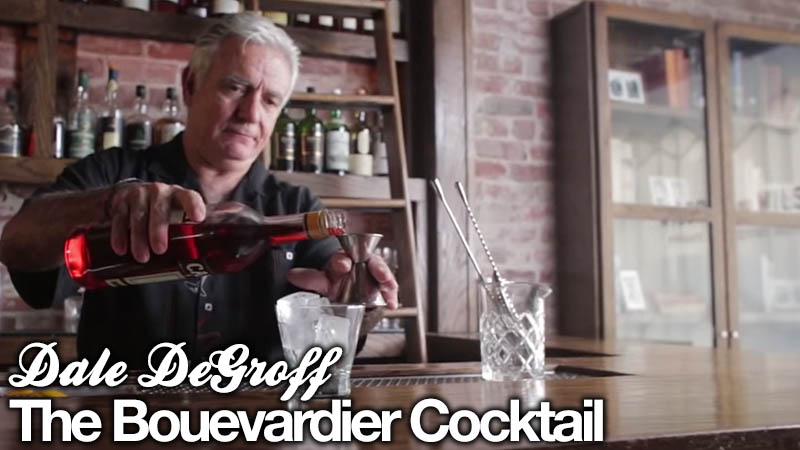 How to make a Boulevardier Cocktail by Dale DeGroff (via Liquor.com)