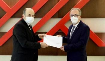 Bartın Üniversitesi Rektörü Prof. Dr. Orhan Uzun mazbatasını aldı