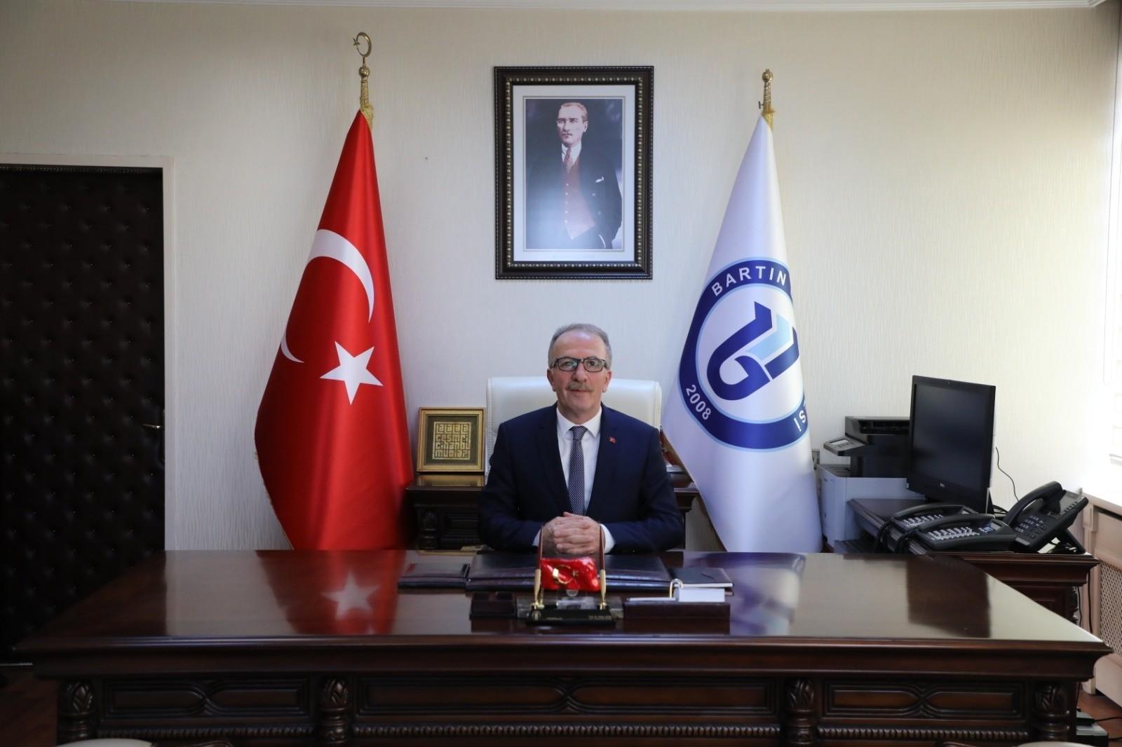 """Rektör Uzun'un """"Kut'ül Amare Zaferi"""" mesajı"""