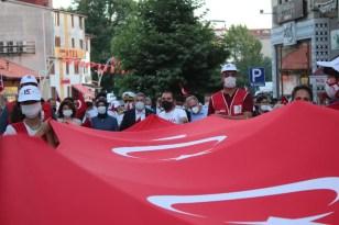 Bartın'da 15 Temmuz etkinliklerinde vatandaşlar meydanlara koştu