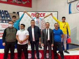 Bartın Üniversitesi öğrencisi Kadir Karapınar, Türkiye Şampiyonu oldu