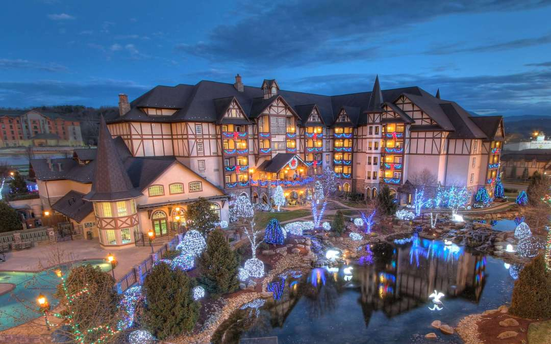 SMOKY MOUNTAIN & COUNTRY CHRISTMAS TOUR