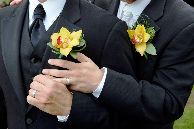 Pernikahan Sesama Jenis; Diharamkan tapi Tak Dilarang