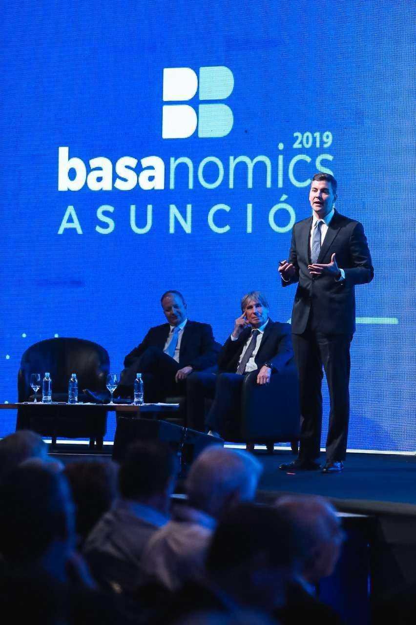 Basanomics-Santiago-Peña-Carlos-Fernandez-Asuncion-2019