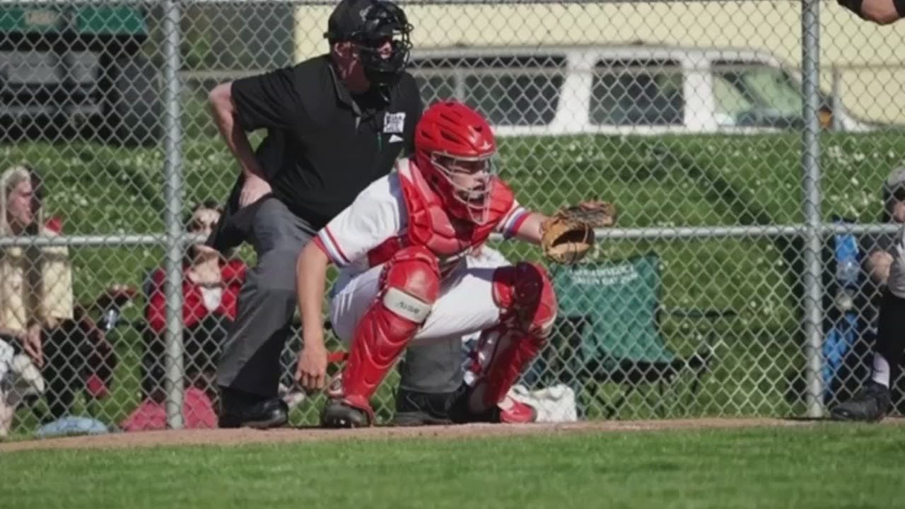 School of Saxon Baseball keeps players connected - 'School of Saxon Baseball' keeps players connected