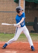 Leon Kaufmann - swinging at a low pitch - prior to contact zone