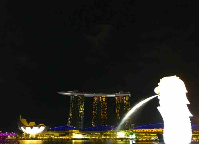 Merlion with Marina Bay Sands in the background
