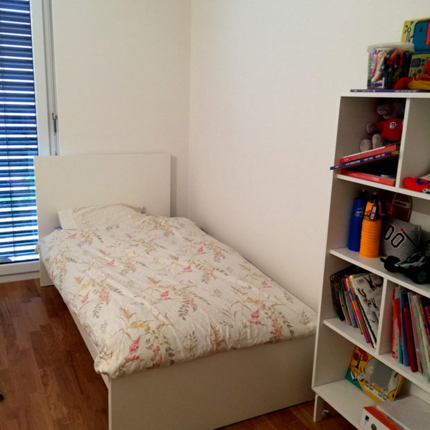 006_Bedroom2