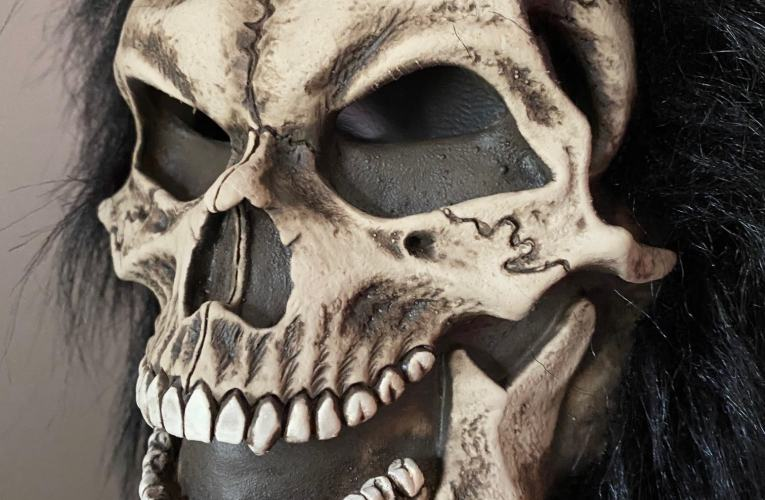 MONSTROUS MASK REVIEWS: Shrunken Skull by Be Something Studios