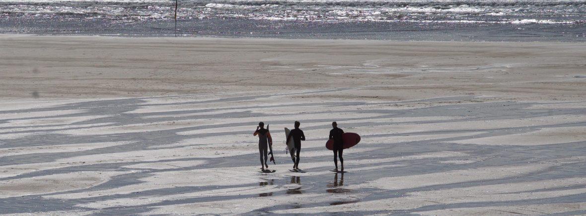 Surf Escape - Base Surf Lodge