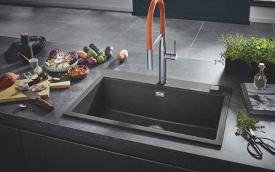 """""""غروهي"""" تقدم الحلول لمنطقة العمل المحيطة بحوض المطبخ:  أنظمة فردية لكأنّها مصنوعة من قطعة واحدة"""