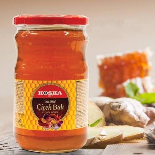 عسل الزهور الطبيعي كوسكا التركي من أفضل مزارع العسل بحجم 850 غرام من قصر الباشا توصيل سريع لكل دول العالم إلى باب منزلك اطلب الآن.
