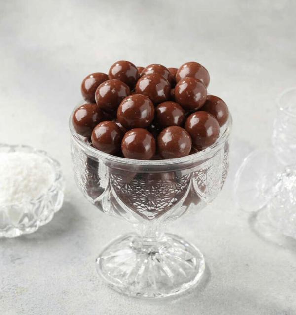 البندق الطبيعي مغطى بشوكولا الحليب 1 كيلو طازج ومن أجود الأصناف التركية توصيل سريع لكل دول العالم من قصر الباشا إلى باب منزلك .