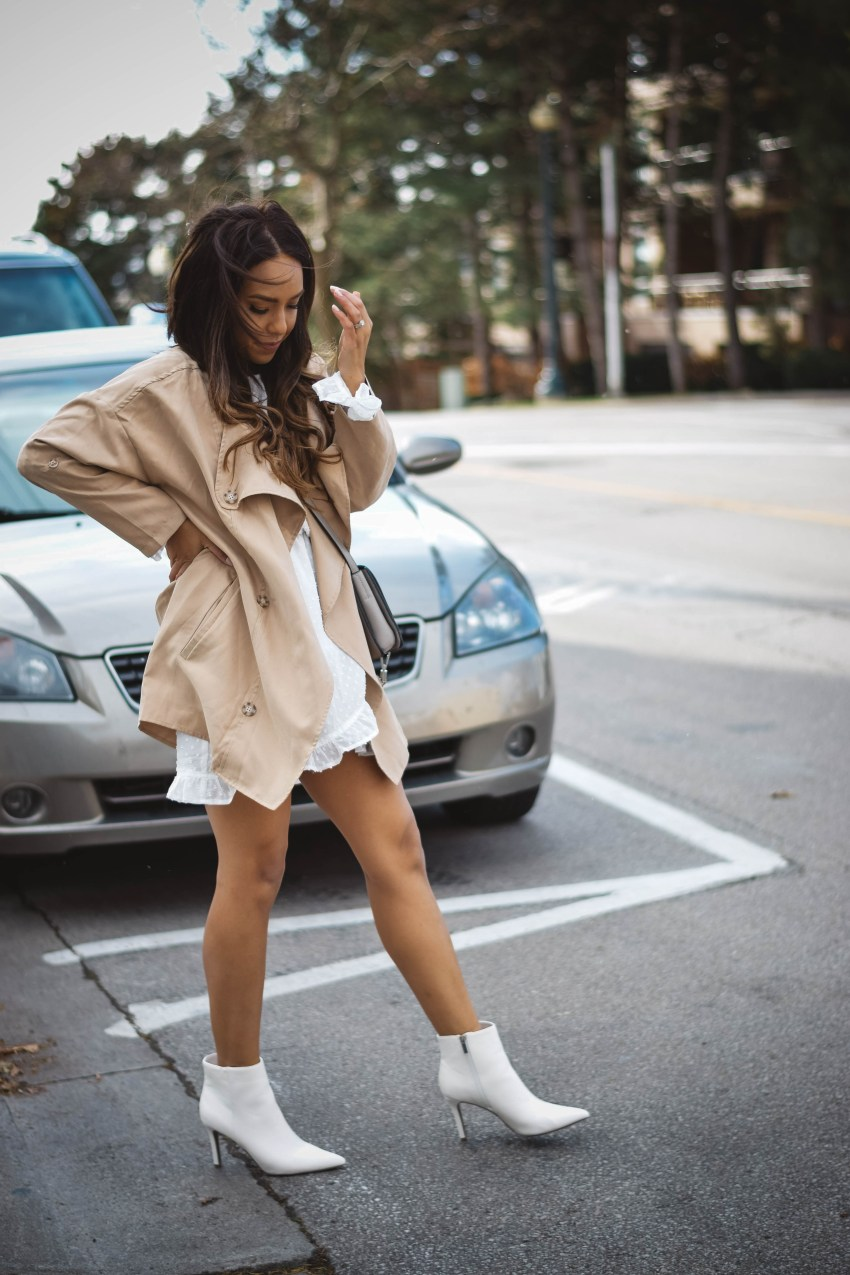 Trench Coat Shop Basic Babe, White Booties Forever 21, Dress Missguided