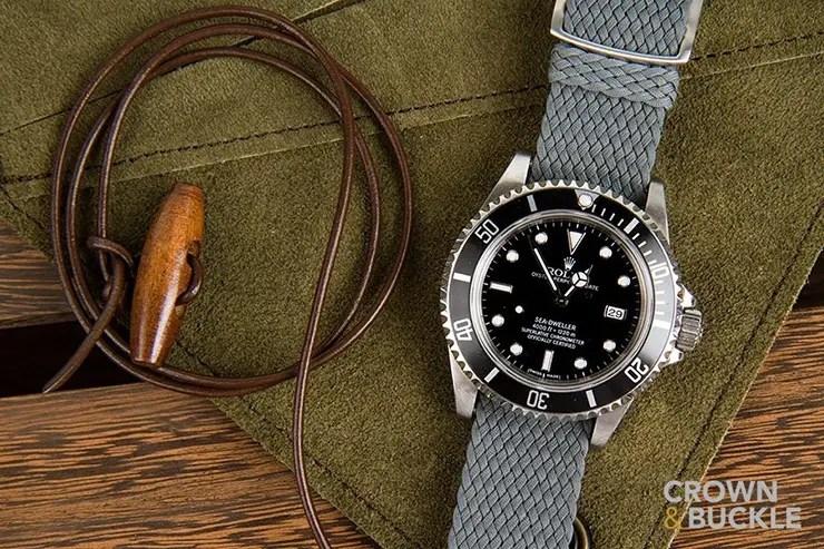 crown-and-buckle-grey-perlon-strap-on-rolex-sea-dweller
