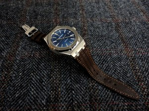 Audemars Piguet 15400 blue on Tobacco Teju Lizard watch strap hand saddle stitched with beige French Linen thread​
