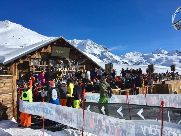 Champagne shower at Le Folie Douce