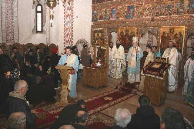 sfantul-nicolae-cinstit-la-manastirea-stelea