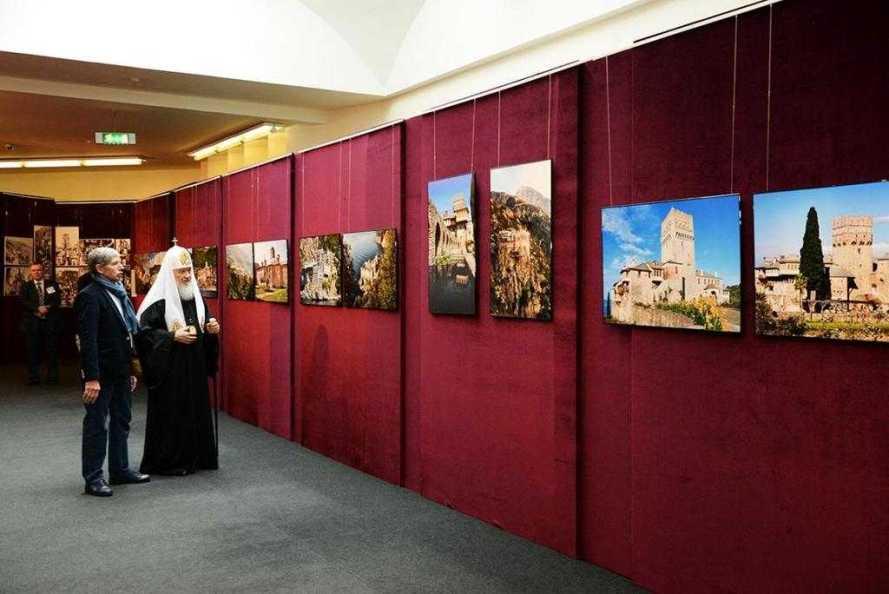 expozitie-foto-dedicata-aniversarii-a-1000