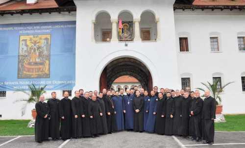 Preoţi Capelani