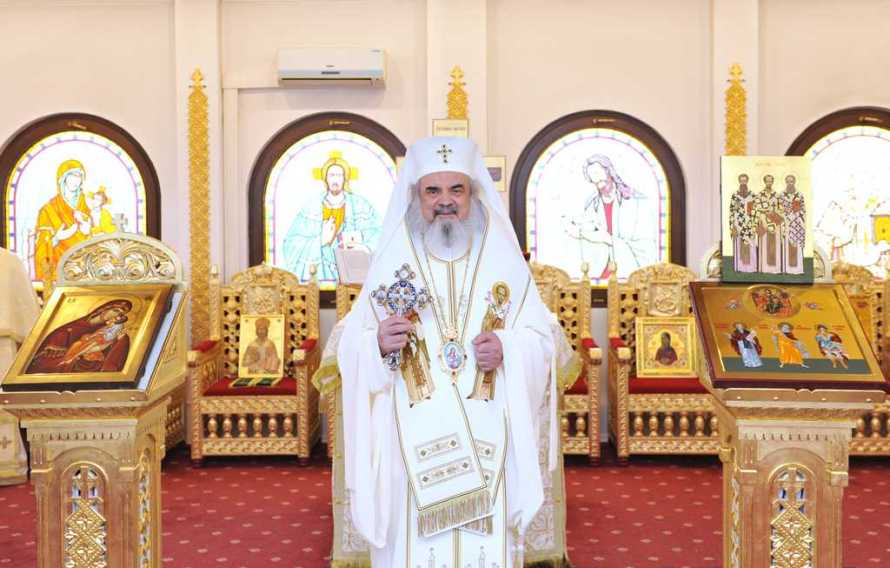 Patriarch Daniel: The Three Holy Hierarchs are models of spiritual pastors