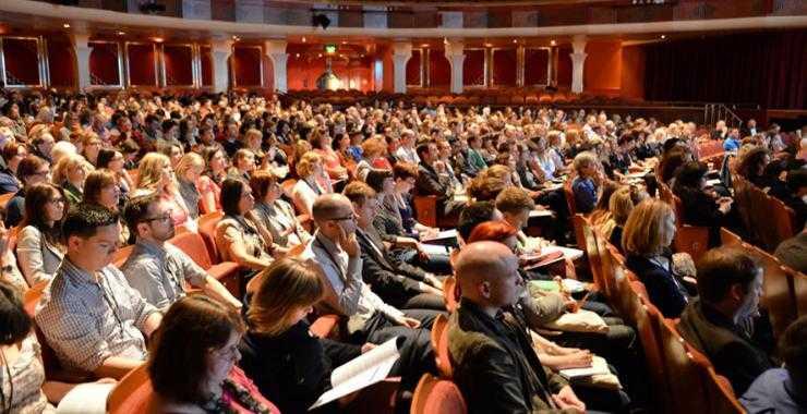 Conferinţă Cluj