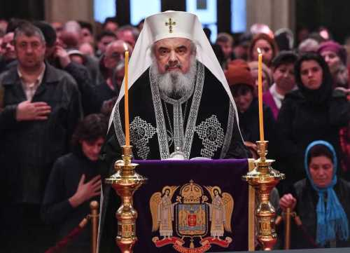 Patriarch Daniel officiates Great Canon at the Patriarchal Cathedral