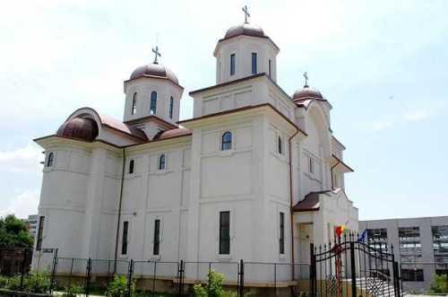 Biserica Eroii Neamului din Craiova