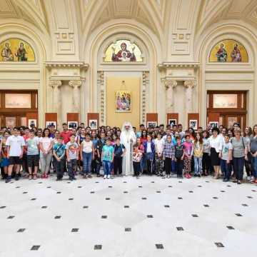 Nearly one hundred children have met Patriarch Daniel on Children's Day