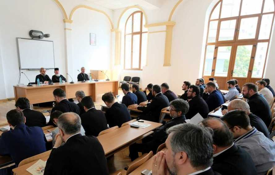 Seminar in Bucharest on the Holy and Great Council